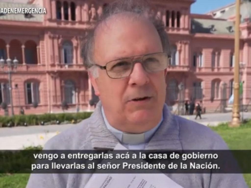Entrega de petitorio en Casa Rosada